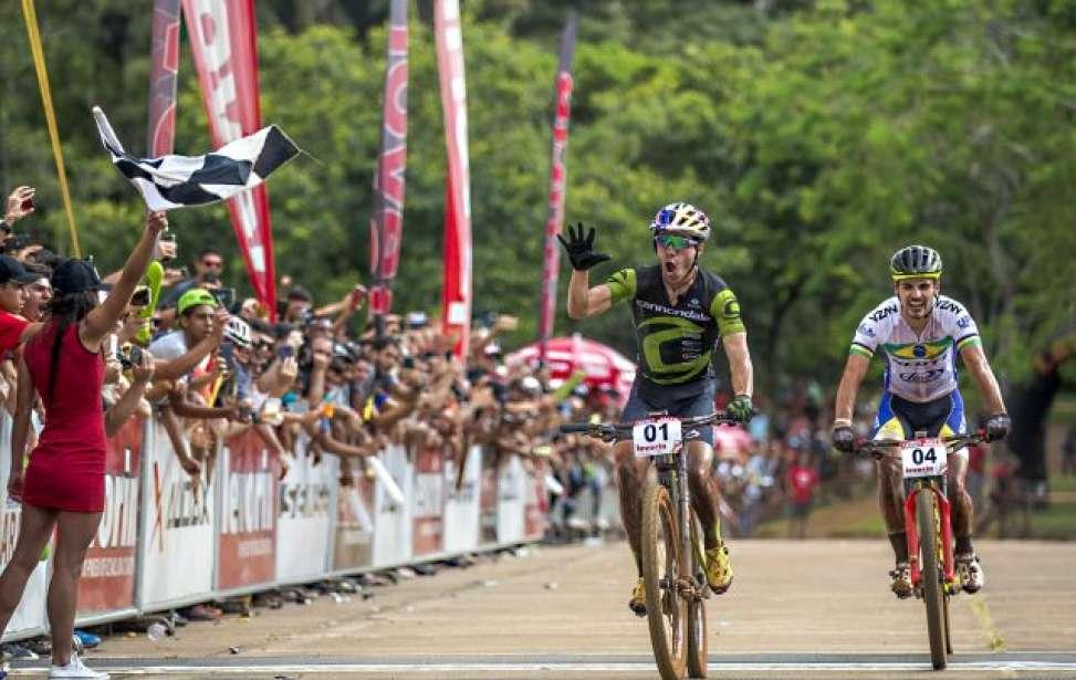 Bikers Rio Pardo | Notícia | Líderes nos três estágios, Brasil e EUA são campeões da 1ª Etapa da Copa internacional de MTB