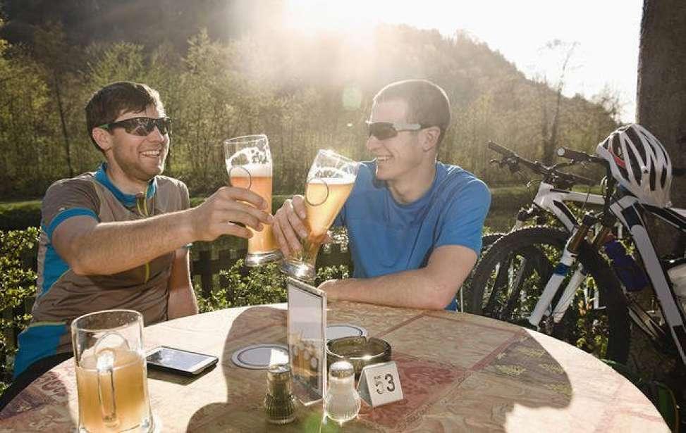 Bikers Rio pardo | Artigo | O que acontece com seu corpo ao berber álcool depois de um pedal pesado
