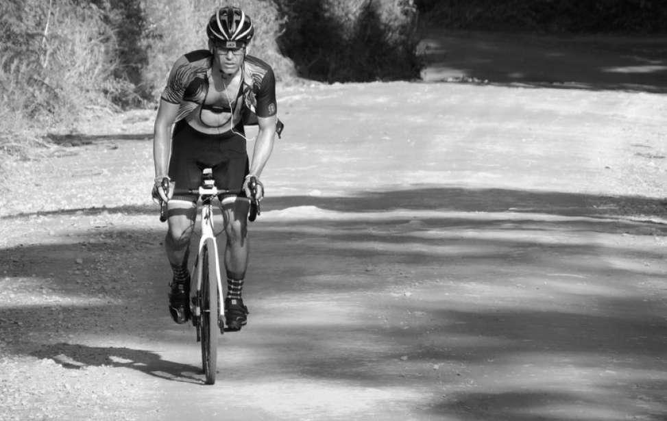 """Bikers Rio pardo   Sua História   O ciclista brasileiro que """"escalou"""" o Everest"""