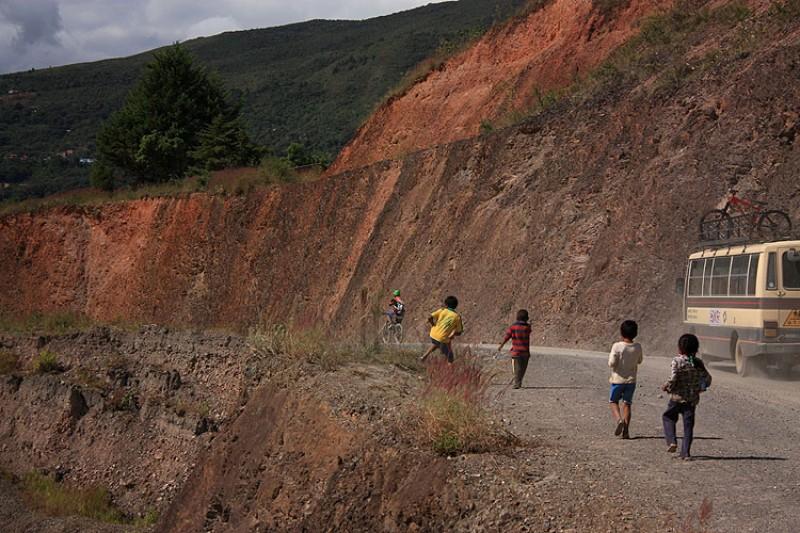 Bikers Rio pardo | Roteiro | Imagens | As emoções e a adrenalina do downhill na Rota da Morte