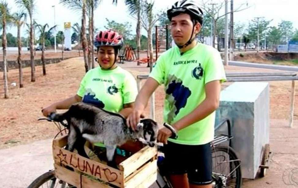 Bikers Rio Pardo | SUA HISTÓRIA | Casal larga tudo e viaja pelo Brasil de bicicleta carregando cabrita de estimação