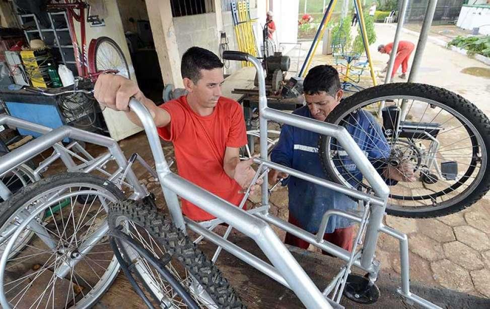 Bikers Rio pardo   Notícias   Bicicletas viram cadeiras de rodas em presídio mineiro